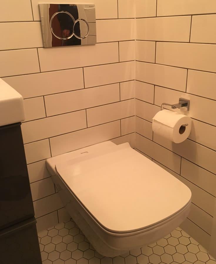 wall_hung_toilet_install-min